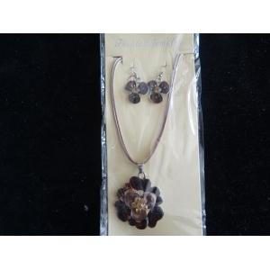 Ketting bloem bruin met bijpassende oorbellen