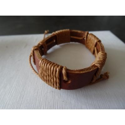 Leren armband lichtbruin met touw