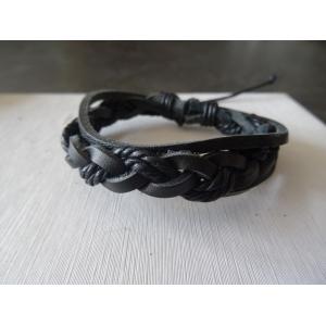 Leren armband zwart gevlochten met band en touw