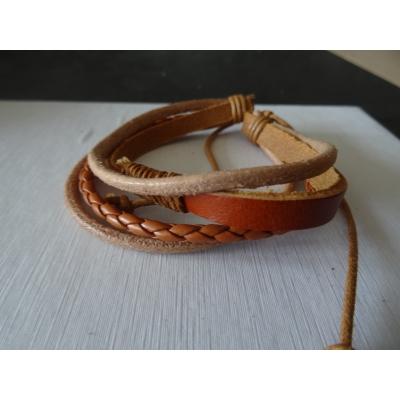 Leren armband lichtbruin 4 bands